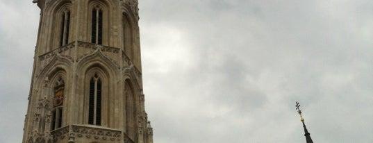 マーチャーシュ聖堂 is one of Must See in Budapest !.
