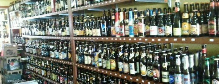 Cervejoteca is one of Lugares favoritos de M..
