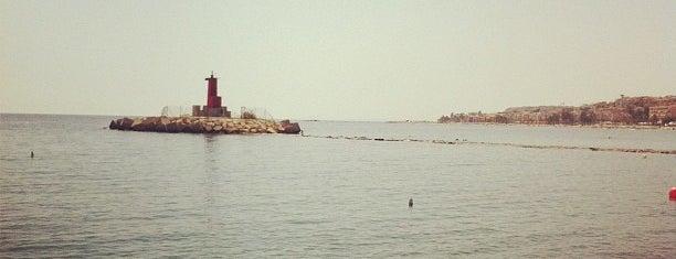 Puerto de Villajoyosa is one of Faros.