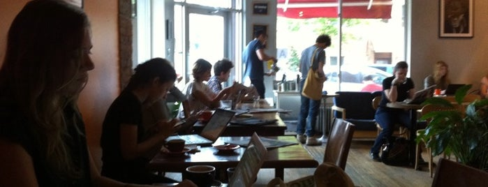 Café Grumpy is one of Greenpoint!.
