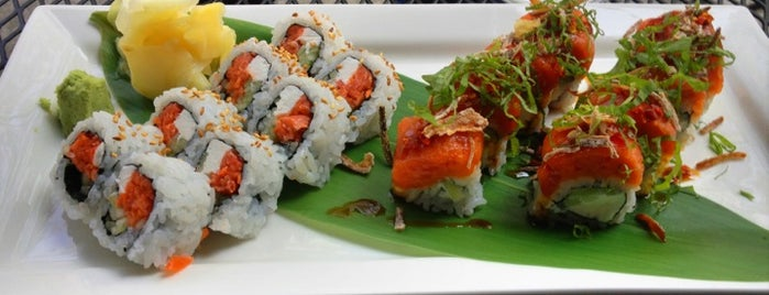 Yuki Sushi & Saki Bar is one of Orte, die Josh gefallen.
