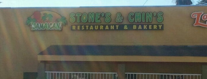 Stone's & Chin's Jamaican Restaurant & Bakery is one of Locais salvos de Dine 909.