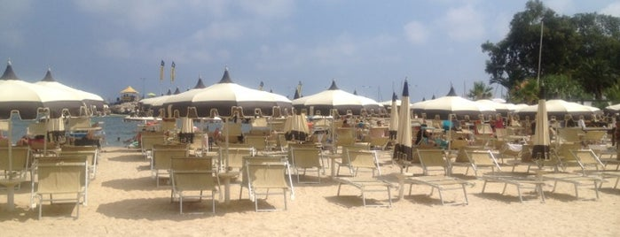 ZeloS Beach is one of Locais curtidos por Михаил.