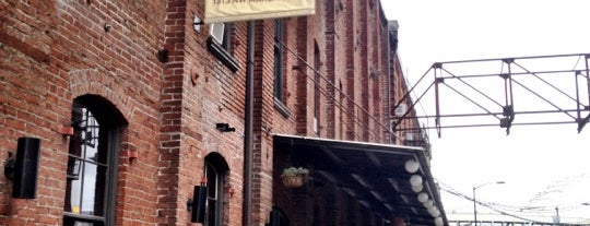 BridgePort Brew Pub is one of Portland.