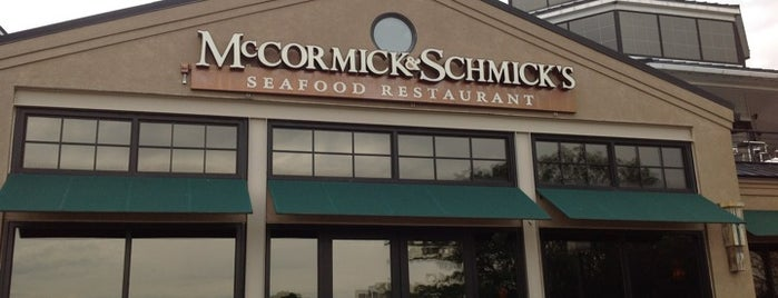 McCormick & Schmick's Seafood Restaurants is one of Ziggy goes to Baltimore.