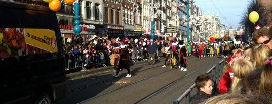 Tramhalte Damrak is one of Alle tramhaltes van Amsterdam.