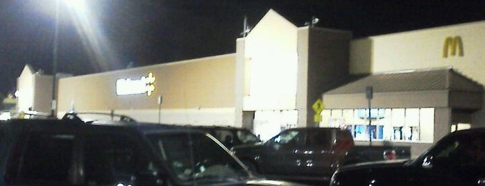 Walmart Supercenter is one of Lieux qui ont plu à Krzysztof.