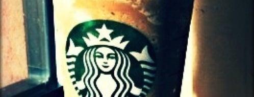Starbucks is one of Locais curtidos por Ankur.