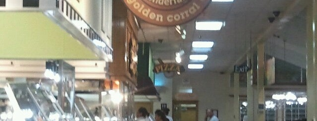 Golden Corral is one of Lugares guardados de Mzz.