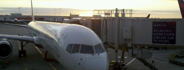 Flughafen Atlanta Hartsfield-Jackson (ATL) is one of Airports around the World.
