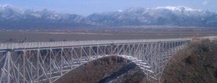 Rio Grande Gorge Bridge is one of Orte, die Amelia gefallen.