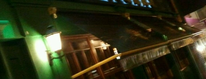 Hooligans Pub is one of Rosimery.