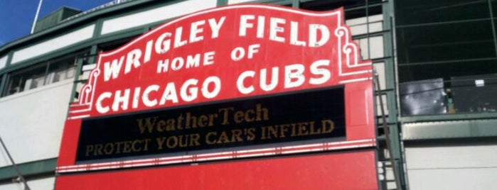 Wrigley Field is one of #visitUS Chicago Tourist Must Check-into.