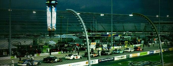 リッチモンド・インターナショナル・レースウェイ is one of My NASCAR.