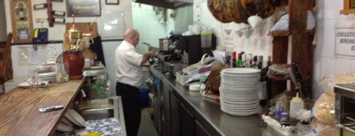 Mesón Manolito is one of Sitios para comer.