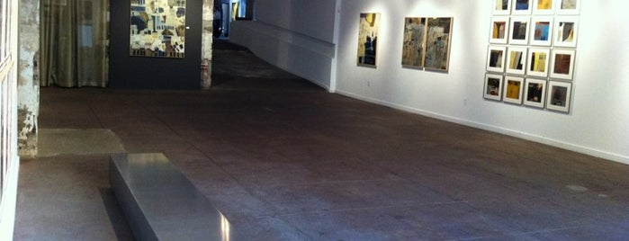 Lamont Bishop Gallery is one of District of Art.