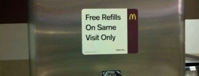 McDonald's is one of Posti che sono piaciuti a Brandon.