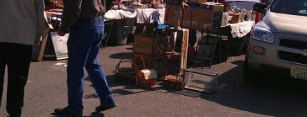 Marshalls Creek Flea Market is one of Lugares guardados de Lizzie.