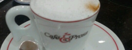 Café & Prosa is one of Locais curtidos por Rosangela.