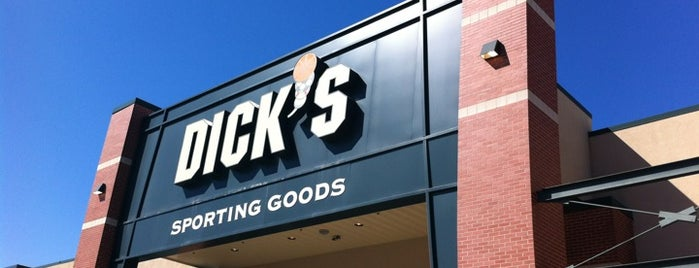DICK'S Sporting Goods is one of Bianca : понравившиеся места.