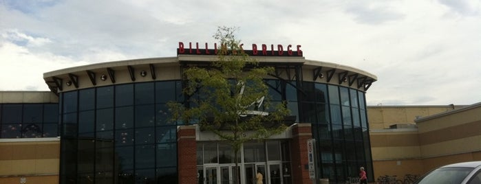Billings Bridge Shopping Centre is one of Phoenix 💥💥💥's Liked Places.