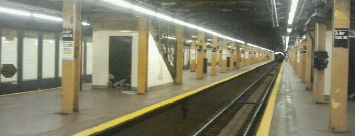 MTA Subway - 3rd Ave/138th St (6) is one of Yeasheaさんの保存済みスポット.