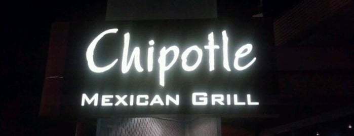 Chipotle Mexican Grill is one of Posti che sono piaciuti a Dan.
