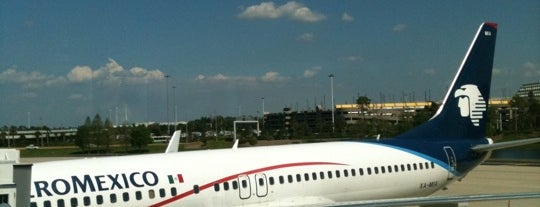 Bandar Udara Internasional Orlando (MCO) is one of Airports.