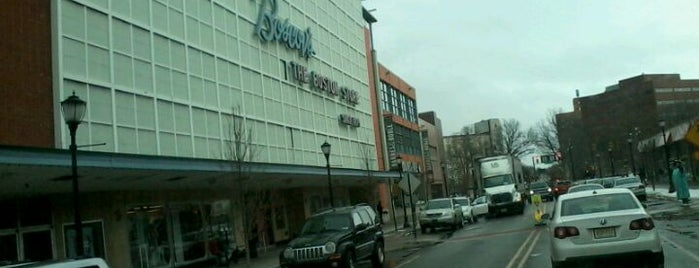 Boscov's is one of 🎄Bristol🎄さんのお気に入りスポット.