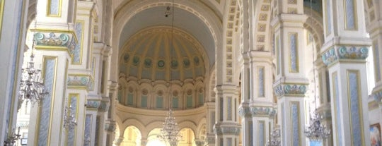 St. Joseph Cathedral is one of Yunji'nin Kaydettiği Mekanlar.