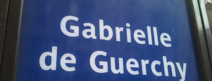Arrêt Gabrielle de Guerchy [68,126,128] is one of Pedro 님이 좋아한 장소.