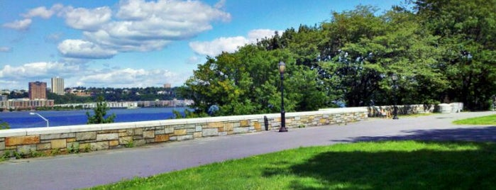 Riverside Park is one of The Great Outdoors NY.