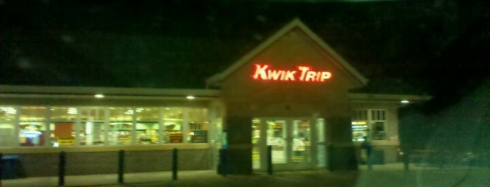 Kwik Trip is one of Lugares favoritos de Brittany.