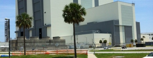 Vehicle Assembly Building (VAB) is one of Scott 님이 좋아한 장소.