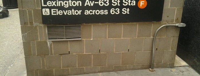MTA Subway - Lexington Ave/63rd St (F/Q) is one of Orte, die Jason gefallen.