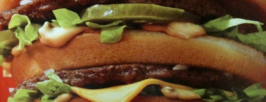 McDonald's is one of Lugares favoritos de Daron.