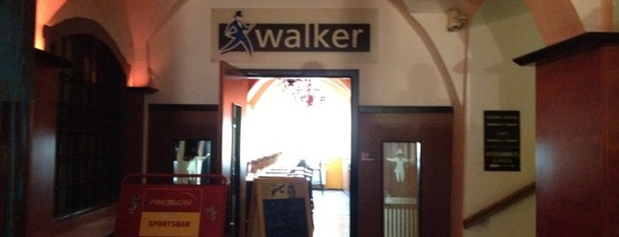 Walker is one of Mi Linzer.