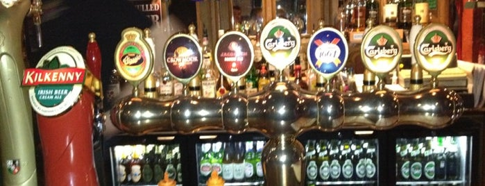 The Globe Irish Pub is one of Dmitry'in Beğendiği Mekanlar.