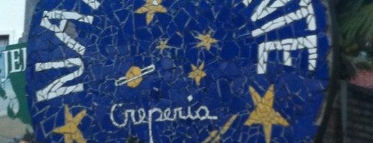 Naturalmente Creperia is one of Orte, die Aluisio gefallen.