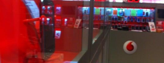 Vodafone Store is one of Posti salvati di Tobia.