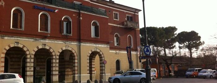 Stazione Peschiera del Garda is one of Locais curtidos por Vlad.