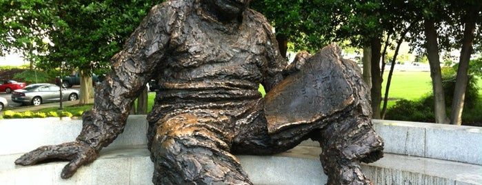 Albert Einstein Memorial is one of DC Monuments Run.