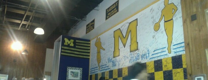 Maize N Blue Deli is one of Lieux sauvegardés par Rudi.