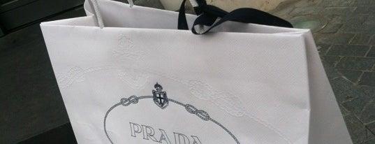 Prada is one of Москва: Открытия 2012 года.