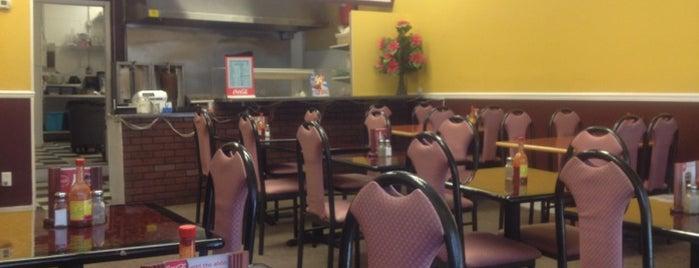 Santorini Greek Restaurant is one of Nashville.