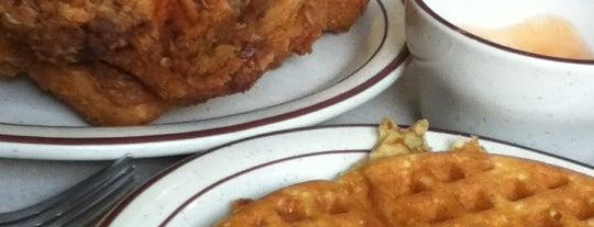 Loc's Chicken & Waffles is one of Tempat yang Disimpan Charles.