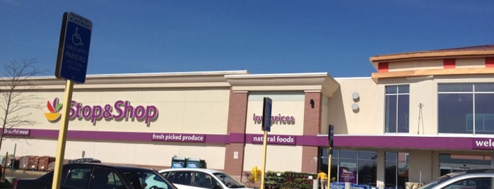 Super Stop & Shop is one of Lugares favoritos de Ivy.
