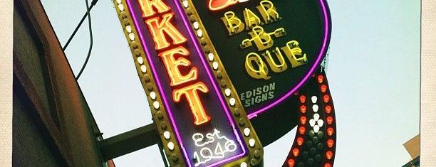 Market Bar-B-Que is one of Lieux qui ont plu à Jen.