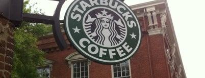 Starbucks is one of JonElle 님이 좋아한 장소.