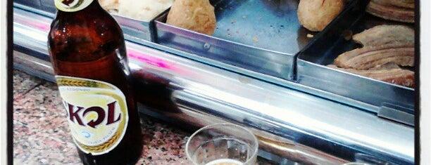 Mondego Bar is one of Tempat yang Disukai Bruna.